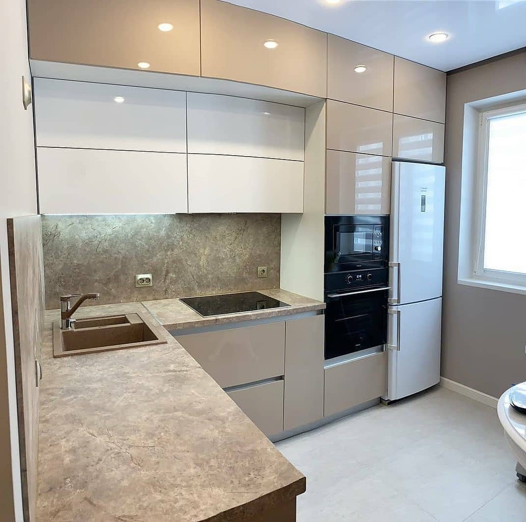 Бежевые кухни-Кухня из пластика «Модель 633»-фото1