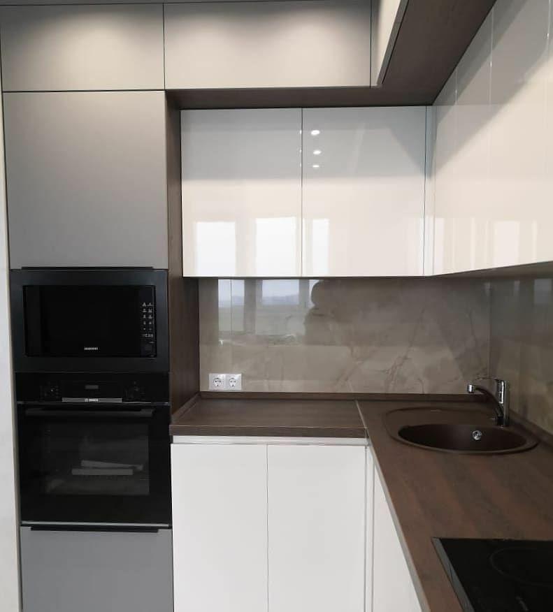 Белый кухонный гарнитур-Кухня МДФ в эмали «Модель 636»-фото2